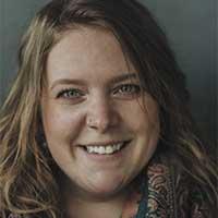 Laura Leach head shot